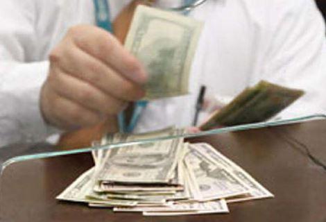 Dólar podría llegar a los 24 pesos: Francisco Cuevas