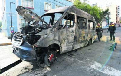 Urgen en Estado de México atender quema de unidades de transporte, UNIDEM